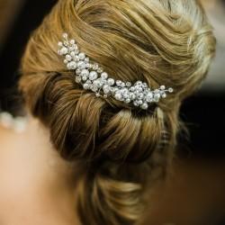 Dekoruotos šukutės į plaukus