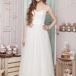 Vestuvinė suknelė su taškiukais