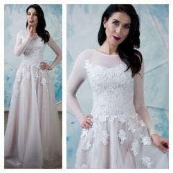 pastelines spalvos vestuvine suknele