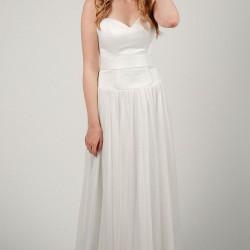 Vestuvinė suknelė prailgintu liemeniu